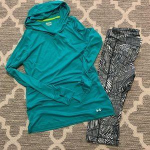 Women's under Armour heat gear kit size L/XL